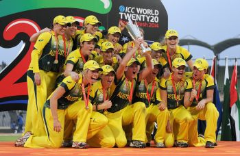 Australian eves complete hat-trick of World T20 titles