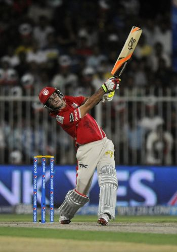 Maxwell, Miller guide Punjab to stunning win over Royals