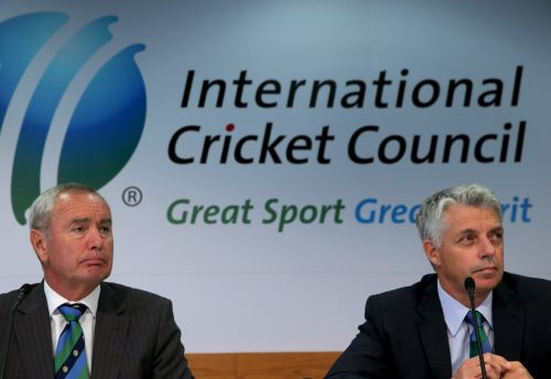 Alan Isaac (L), President of the ICC and David Richardson (R) , Chief Executive of the ICC