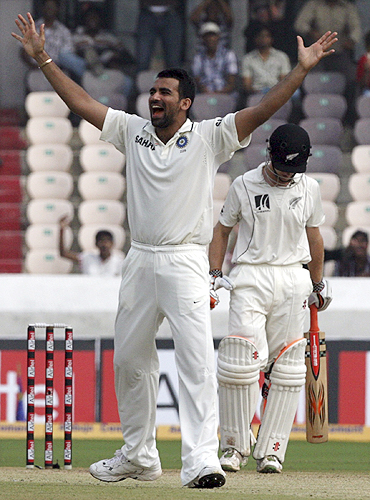 Zaheer Khan celebrates after dismissing Williamson on Saturday