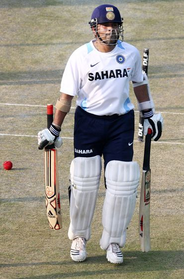 Sachin Tendulkar got his bats repaired by Mumbai's famous bat fixer Ashraf 'Chacha'