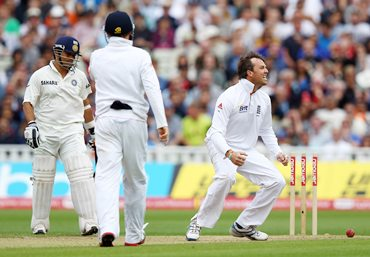 Swann celebrates running out Sachin Tendulkar during Day 4 of the third Test
