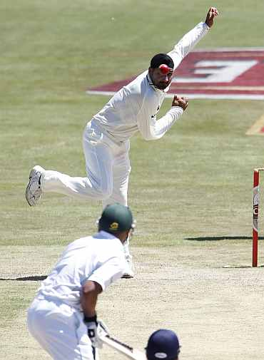 Harbhajan Singh bowls during the third Test match against South Africa in Cape Town