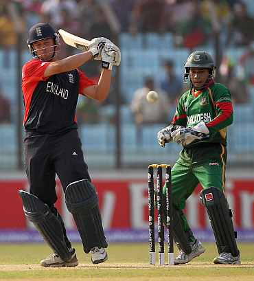 Johnathan Trott plays a pull shot during his knock against Bangladesh