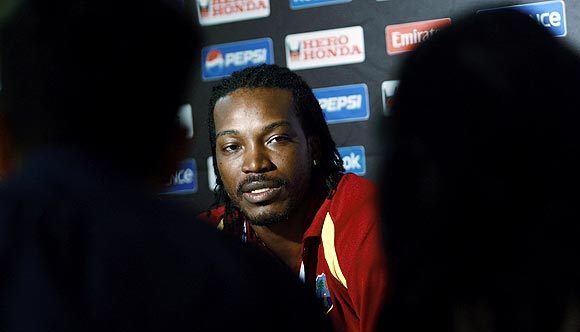 What should I apologise for? Gayle asks Board