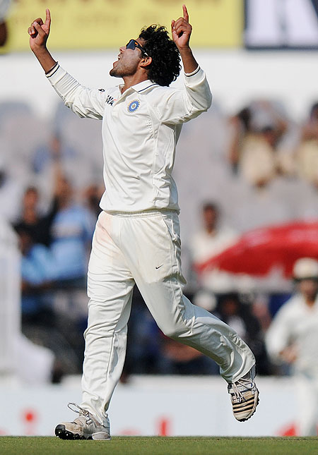 Ravindra Jadeja celebrates after dismissing Pietersen