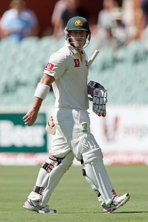 David Warner leaves the field after getting out