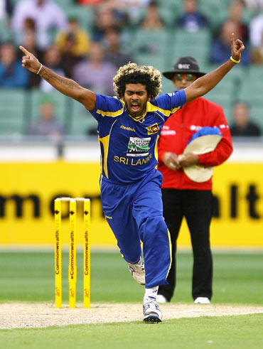 Spirited Lankans look to get better of Aussies