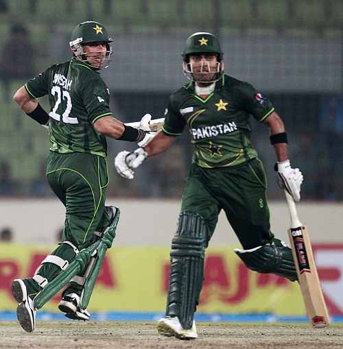 Misbah-ul-Haq and Umar Akmal in action during their match against Sri Lanka
