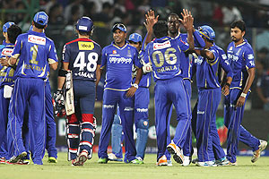 Rajasthan Royals celebrate after beating Delhi Daredevils