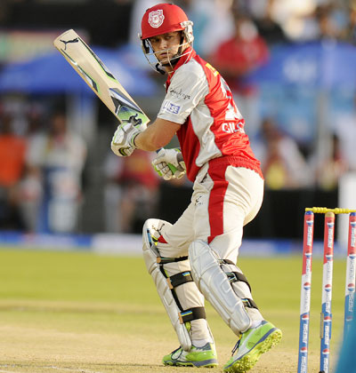 Adam Gilchrist captain of Kings XI Punjab bats