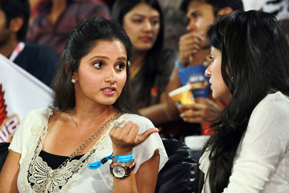 Sania Mirza (left)