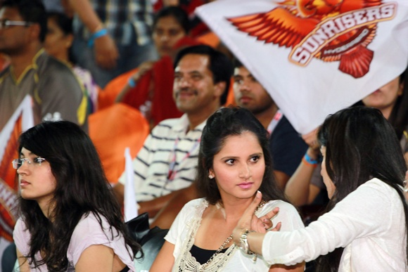 PHOTOS: The many moods of sensational Sania Mirza at IPL 6