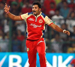 IPL: Bangalore pip Delhi in Super Over