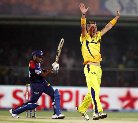Chris Morris appeals successfully for the wicket of Mahela Jayawardene
