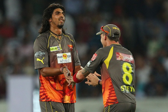 Ishant Sharma is congratulated by Dale Steyn after dismissing Mandeep Singh