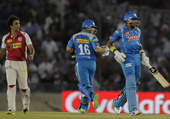 IPL Photos: Kings XI Punjab vs Pune Warriors