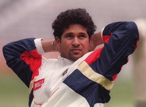 Sachin fielded for Pakistan as a substitute