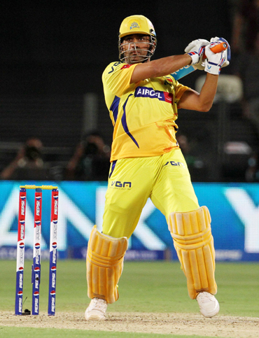 IPL: Chennai crush Pune for sixth straight win