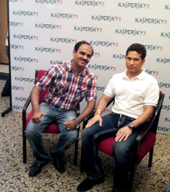 Spotted: Sachin Tendulkar and Harbhajan Singh