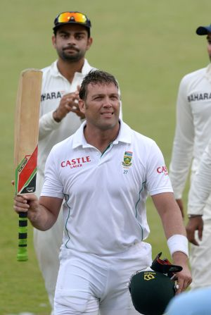 Kallis gets guard of honour in his final Test