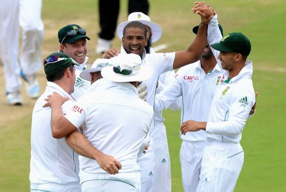 Vernon Philander celebrates after dismissing Murali Vijay