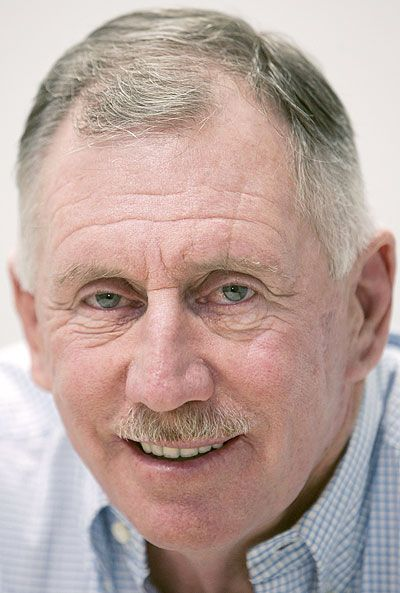 Ian Chappell reveals battle with cancer