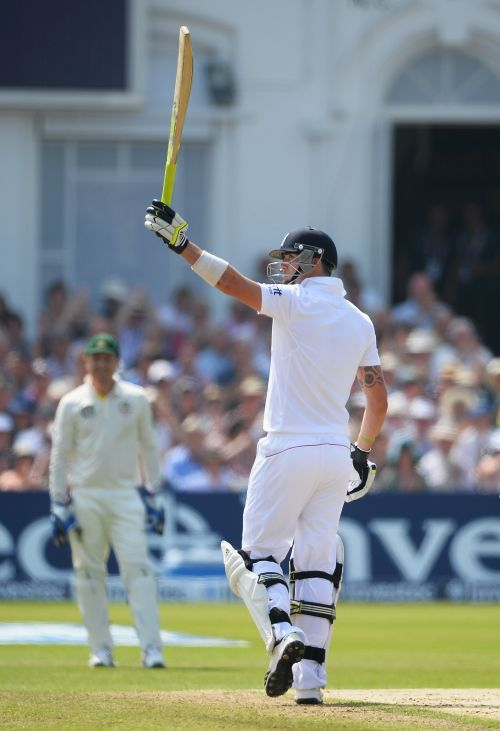 Kevin Pietersen acknowledges the applause after his half century