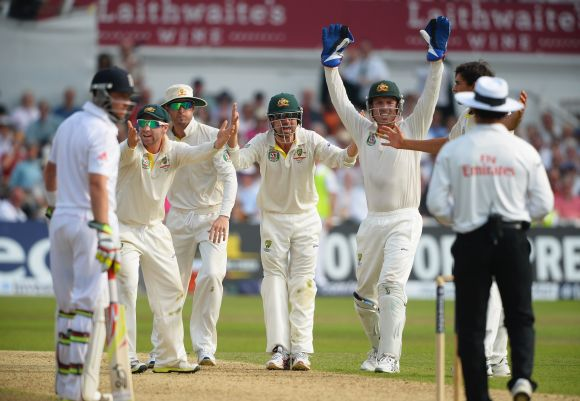 Phil Hughes, Michael Clarke, Ed Cowan and wicketkeeper Brad Haddin appeal unsuccessfully for the wicket of Stuart Broad