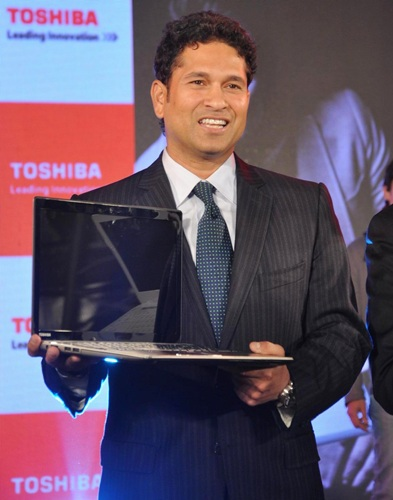 Sachin Tendulkar at the launch of Toshiba Laptops