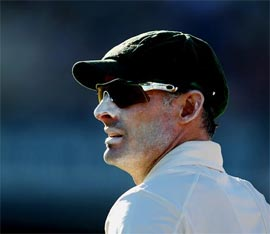 Hussey says no plans of Test comeback