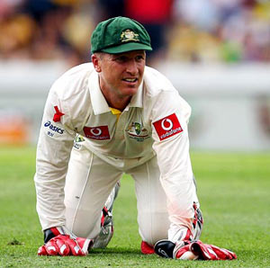 Haddin called in as cover for Matthew Wade