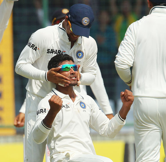 Jadeja delivered with the ball