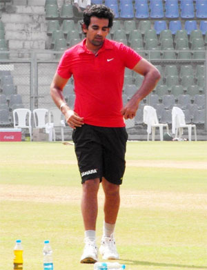 Zaheer trains hard during RCB nets session at NCA