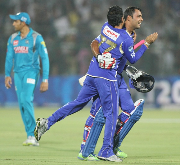 PHOTOS: Rajasthan Royals invincible at home!
