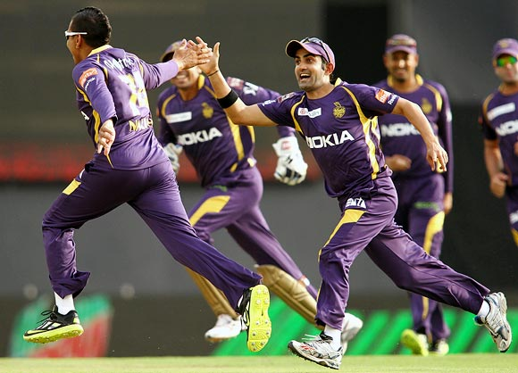 Desperate KKR face daunting task against Mumbai Indians