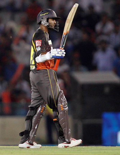 IPL: Sunrisers thrash Punjab to remain in hunt for play-offs