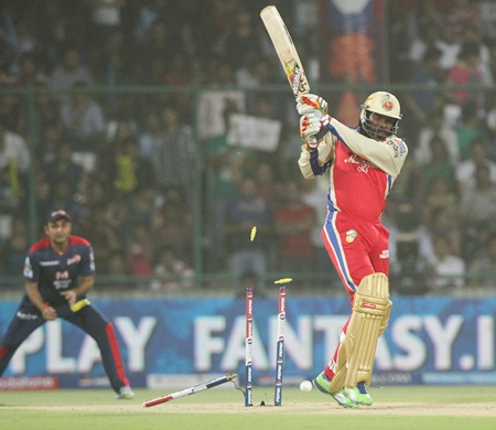 IPL PHOTOS: Royal Challengers close in on play-offs berth