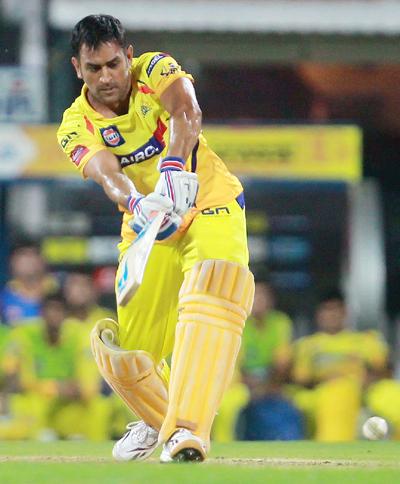IPL: Chennai thrash Delhi to regain top spot