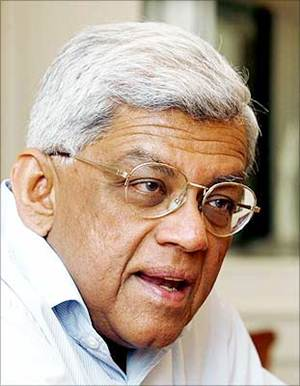 Deepak Parekh appointed Gavaskar's special advisor for IPL-7