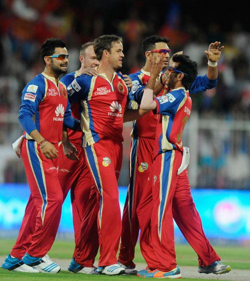 IPL PHOTOS: Yuvraj, Kohli help Bangalore ease past Delhi