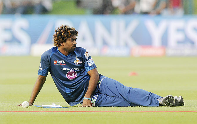 IPL: Butter-fingered Malinga takes blame for Mumbai Indians' loss