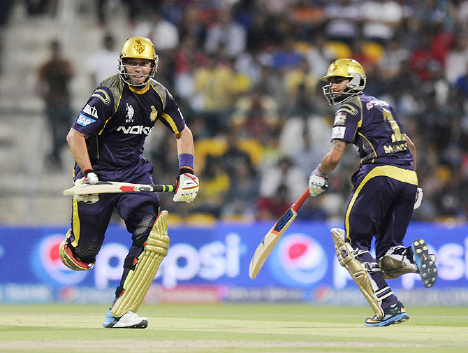 PHOTOS: When RCB helped Kolkata beat Mumbai Indians