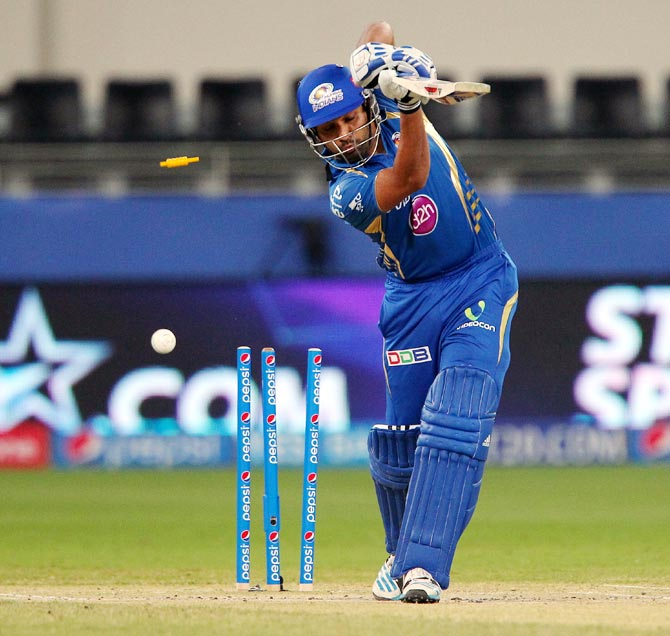 Rohit Sharma is bowled by Bhuvneshwar Kumar