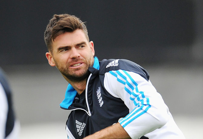 James Anderson booed by Indian fans during Trent Bridge ODI