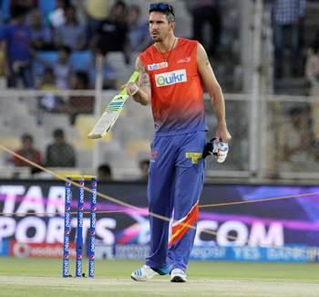 Delhi Daredevils drop Pietersen, Karthik, Vijay