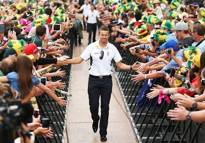 Peter Siddle arrives for the celebrations
