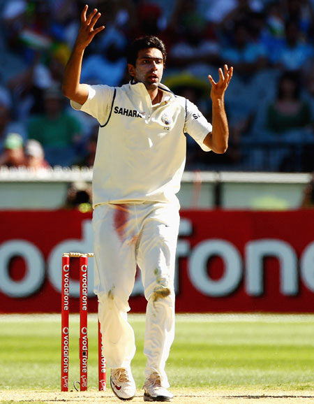 Ashwin hasn't bowled enough overseas to be judged: Swann