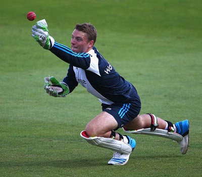 Desperate England turn to Buttler for third India Test