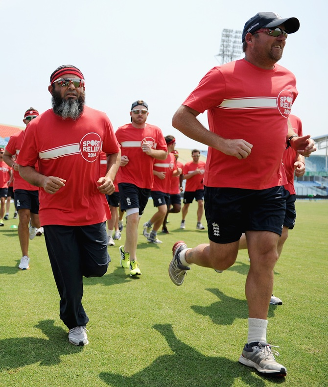 England coaches Mushtaq Ahmed and David Saker